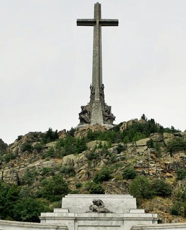 ¡Que el Valle de los Caídos se siga llamando Valle de los Caídos!