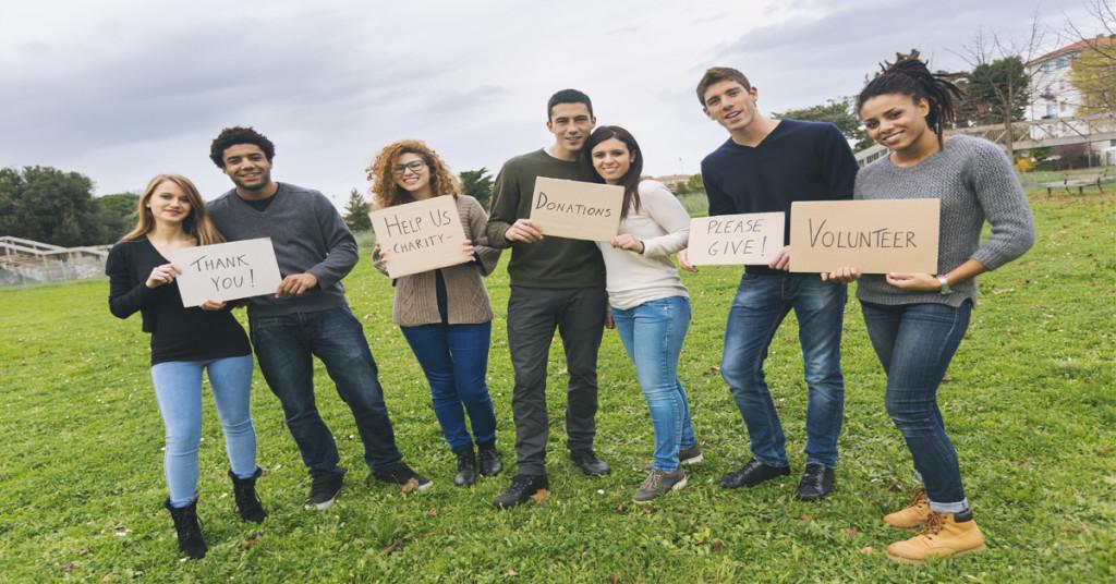 Colaborar con una causa social aumenta la empleabilidad (i.Stock)