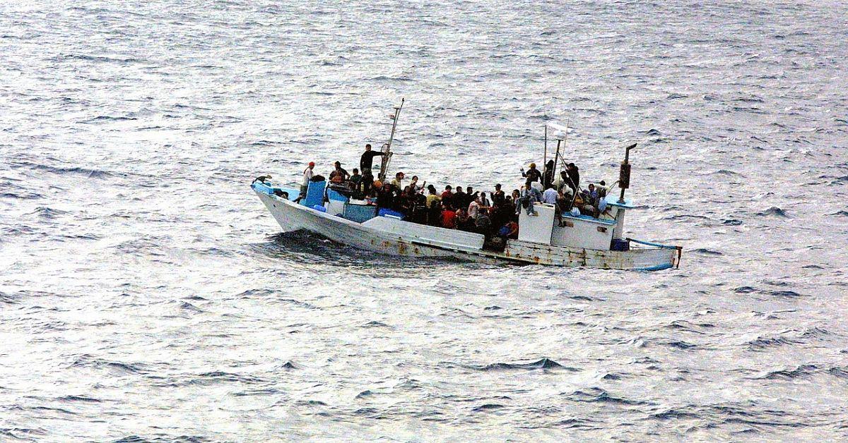 ayuda en accion politicas migratorias
