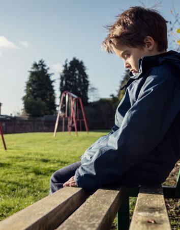 Los niños con síndrome de alcoholismo fetal tienen derecho a ser adoptados
