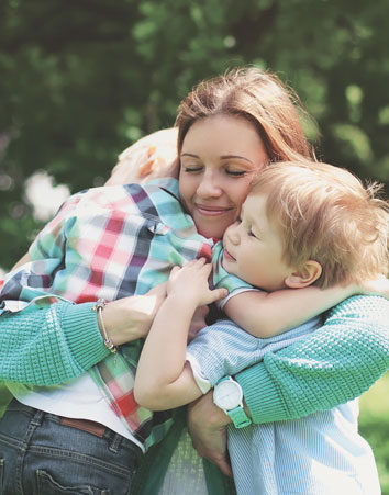 Firma para que las mujeres solteras con dos hijos sean familia numerosa