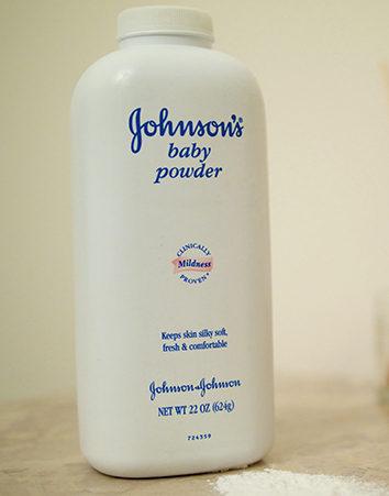 Firma para acabar con Johnson & Johnson por provocar cáncer con sus productos